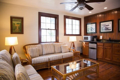 The Rinehart Cottage: Cabbage Key FL Cottage Rentals