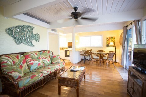 Snook Cottage living room 3 bed two bath rental cottage