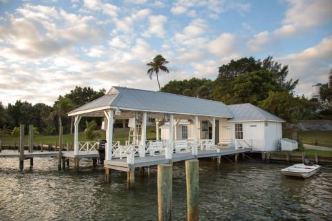 Cabbage Key dockhouse and gift shop