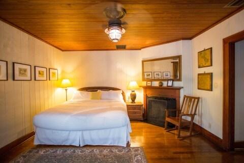 Room number 3 king size bedroom Historic Cabbage Key Inn