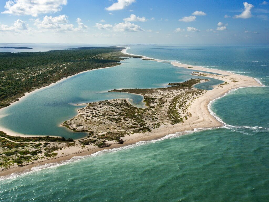 Aerial view of Cayo Costa State Park: Getty 87615746