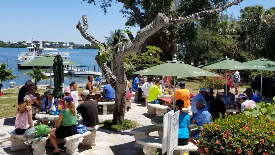 Cabbage Key Inn and Restaurant Outdoor Dining